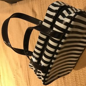 Cosmetic case, hanging - large